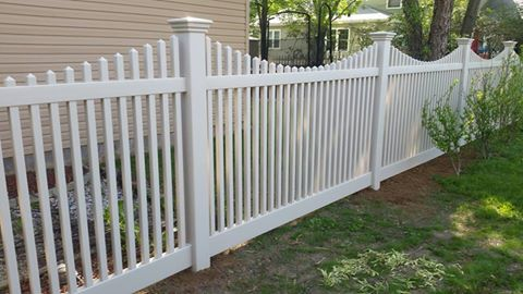5' Scalloped Picket - TAN