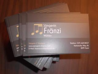 Neue Visitenkarten für die Sängerin Fränzi Wöhler.