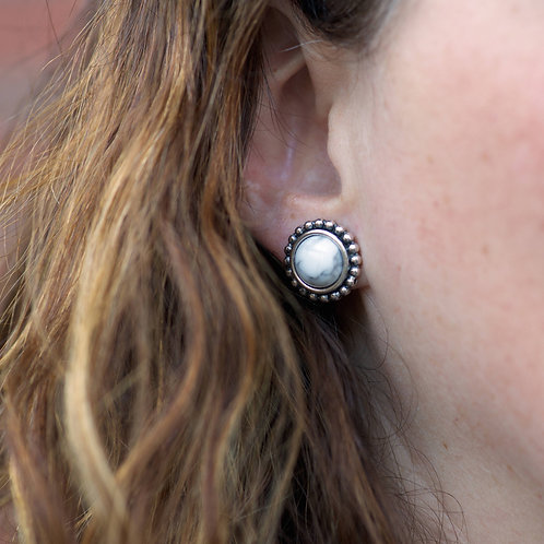 Boutons d'oreilles rondes studs