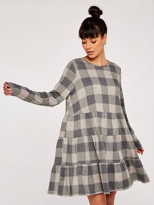 Robe grise à carreaux