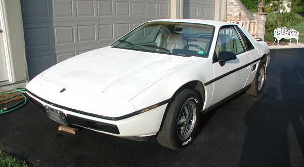 What's It Worth?? 1984 Pontiac Fiero SE   GM's Other Plastic