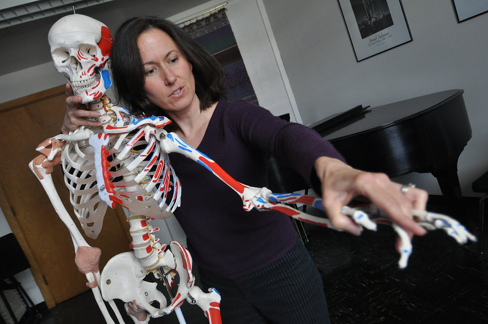 Bonnie-Draina-and-Skeleton.jpg