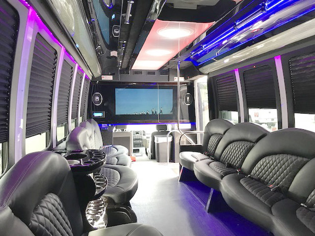 24 limo party bus.jpg