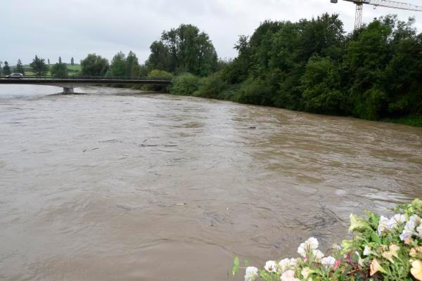 Reuss Hochwasser.jpg