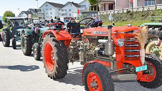 Traktoren aus früheren Zeiten