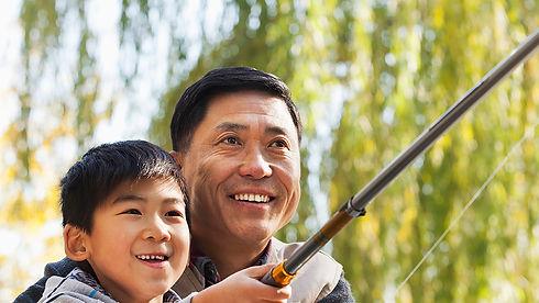 Fishing-AADadandKid_1920.jpg