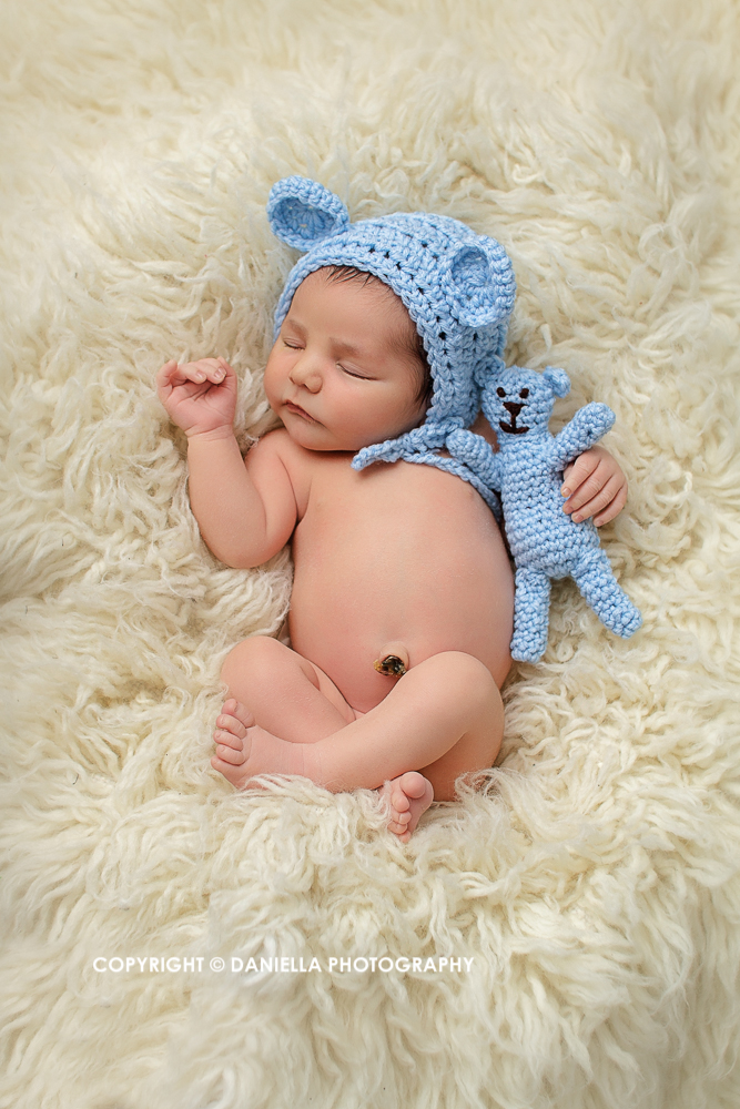 aurora newborn photographer