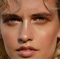 Model: Nakita Dorward Stylist & Photographer: Rebecca Alonzo