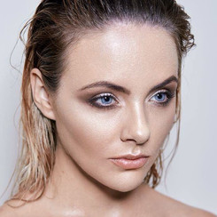 Model: Bridgette Abood Photographer: Alana Taylor Conley