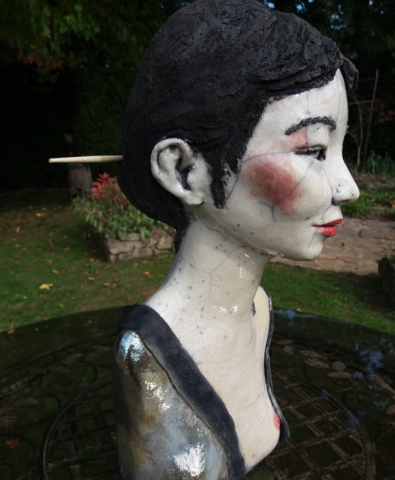 Geisha, Hauteur 50cm, largeur 24cm.jpg