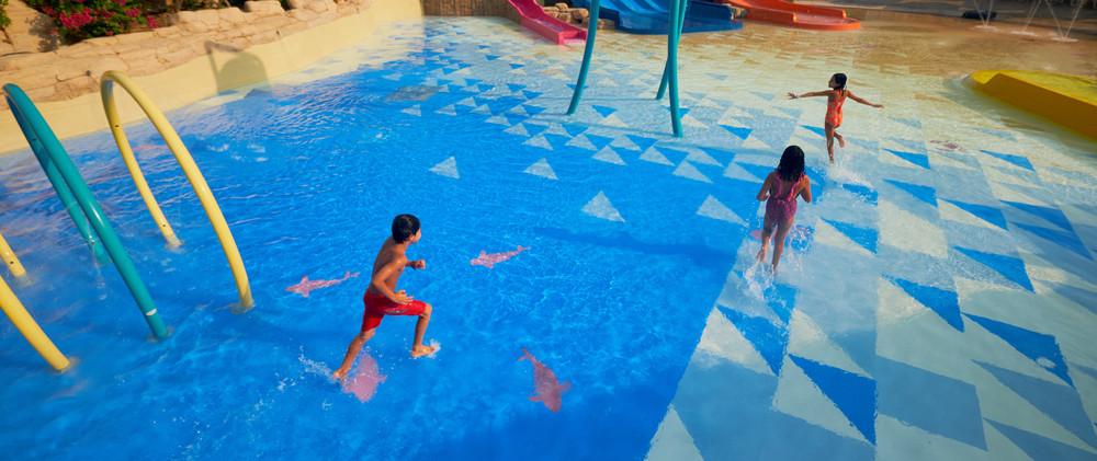 Superficies Resilientes para piscinas y Zonas Splash en Panama