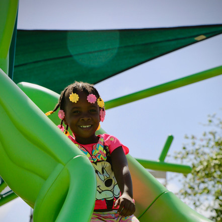 parques infantiles playgrounds panama