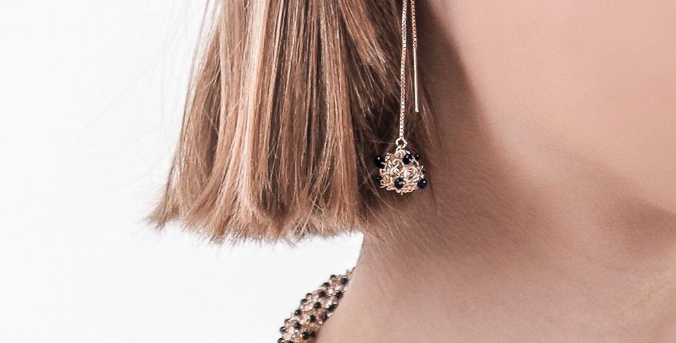 Onix dangling earrings