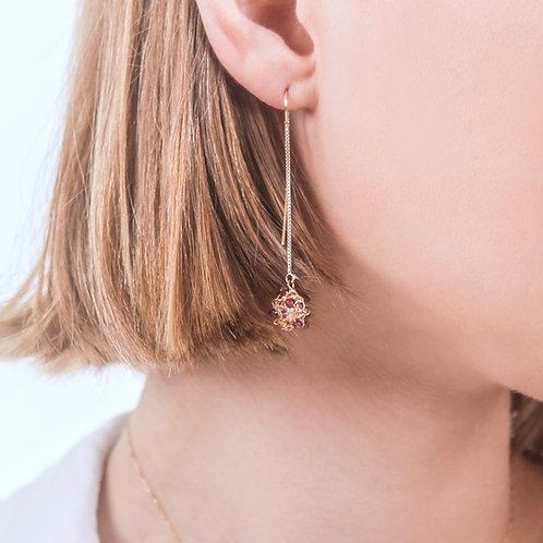 Garnet gold dangling earrings