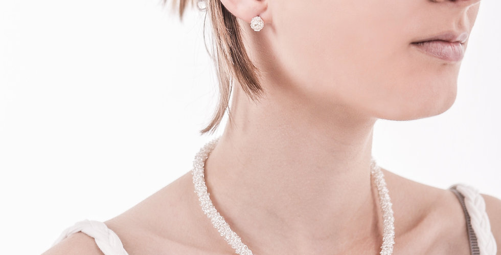 Silver woven necklace