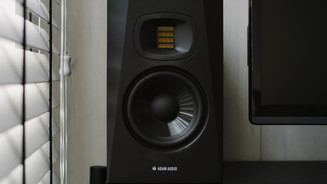 Kuro - The Brownstone0038.jpg