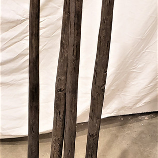 4 Posts on a Stand from South Pacific