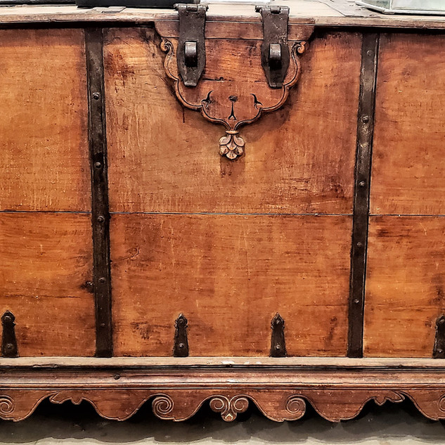 Indian Chest