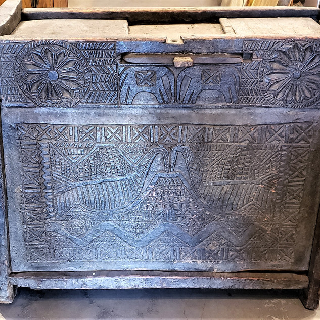 Nepalese Chest with 2 Birds