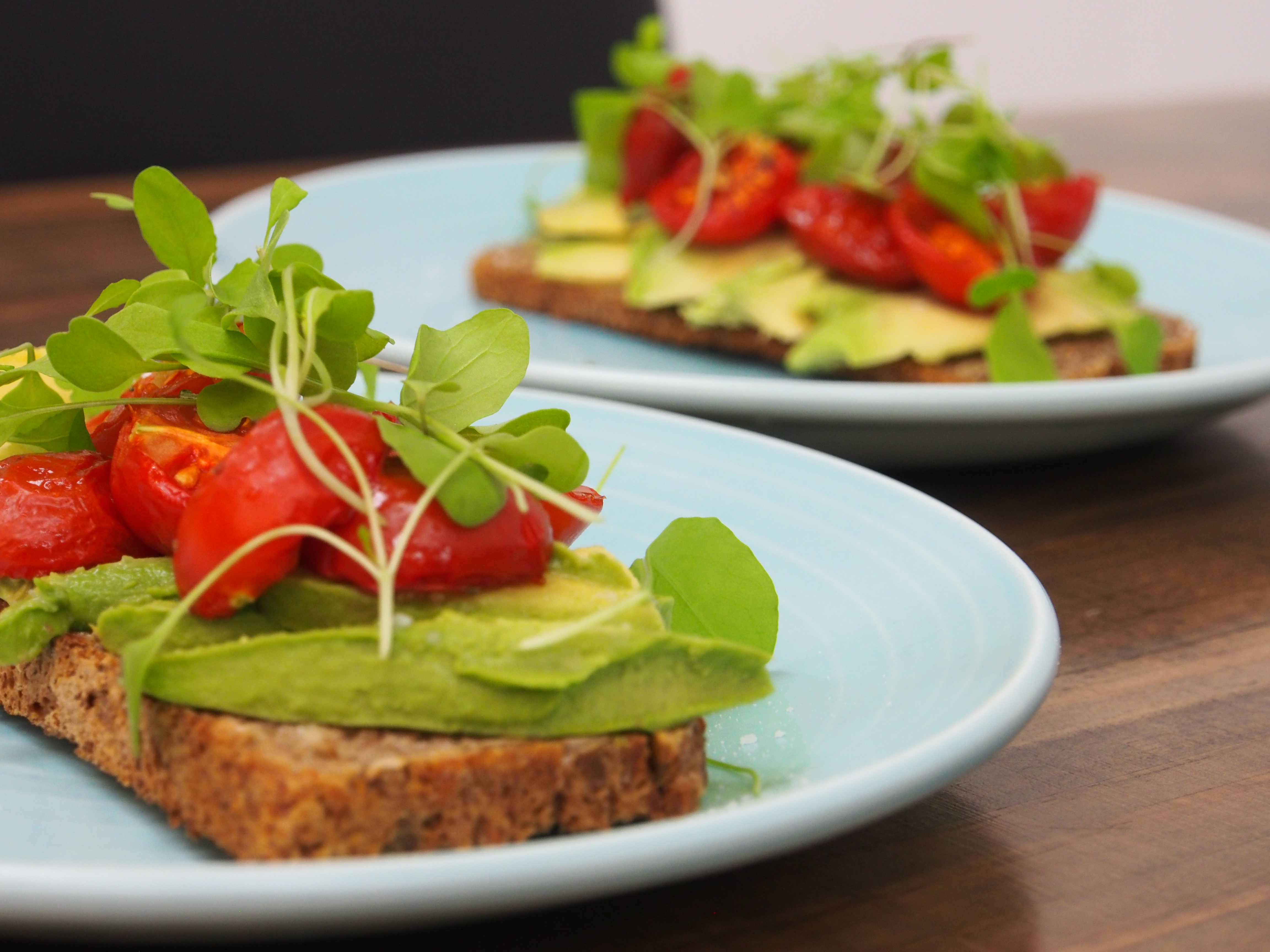 avocado roast tomato sgb