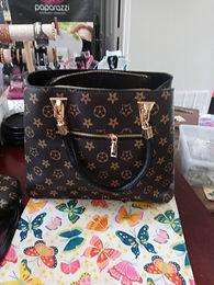 "Black ""Flower"" Pattern  Fashion Designer Handbag Set"