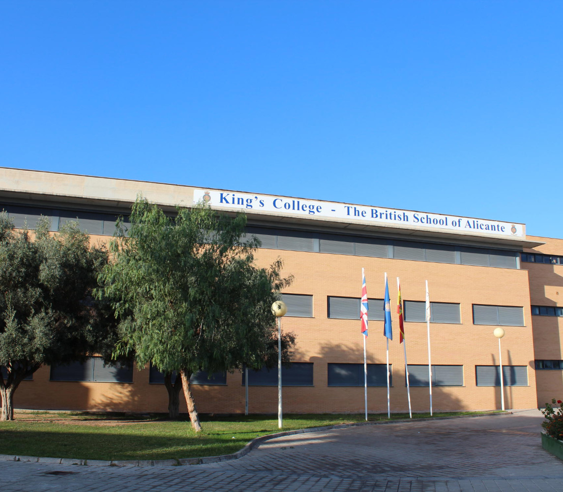 KING´S COLLEGE