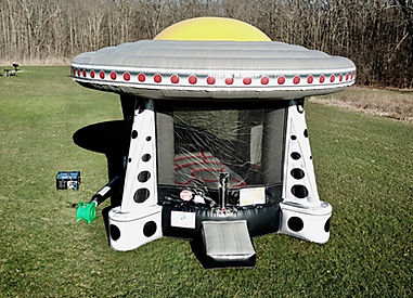 UFO Bounce House Image 1