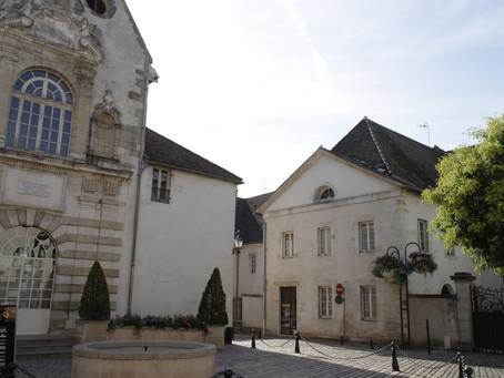 La chapelle de la place Ziem.