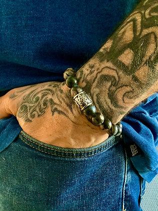 Bracelet 10mm en Glaucophane & Cylindre gravé