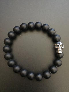 Onyx mate & Skull