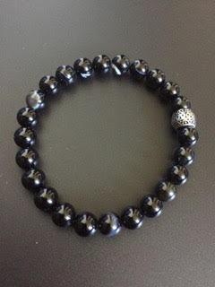 Agate noire & Perle gravée