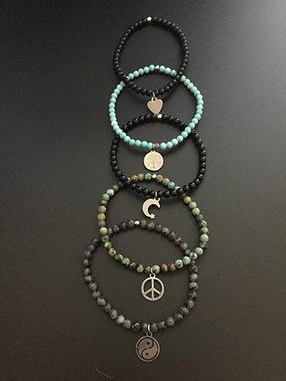 """Serie """"Army Spirit"""" 5 bracelets"""