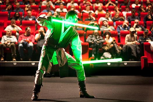 spectacle public jedi star wars sabre laser