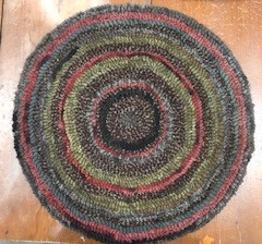 Round Chairpad, 15.5 in, pattern $48