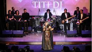 Penampilan Titi DJ Bawakan Lagu-lagu Super Hitsnya di Titan Center.