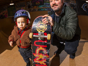 Bam & Phoenix Hit The Skate Barn