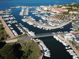 Footbridge   Corse, France
