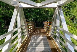 Théâtre de la Dame de Coeur Access Bridge