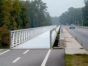Élargissement du pont de Tar River