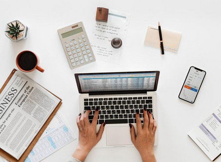 5 Reasons Why Small Business Owners Should Outsource Their Accounting