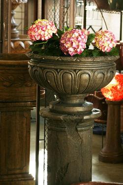 Snowballs that urn their stay!