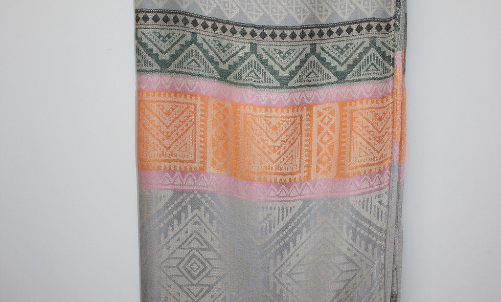 Scarves/ Shawls: Cashmere with Diffrent Colors