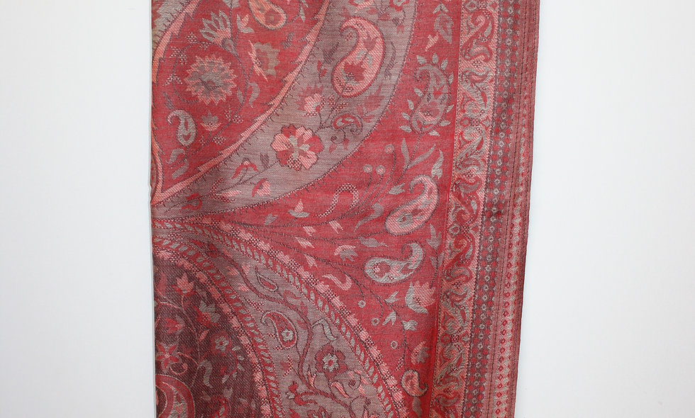Scarfs: Silk Scarf with Diffrent colors