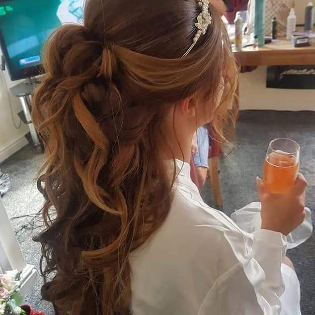 Bridal heir, half up and half down ❤❤ #b