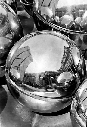 Louvre Spheres #1