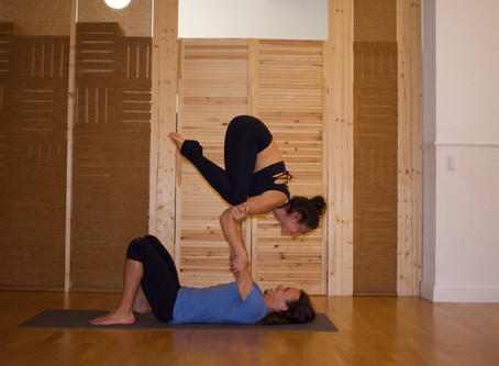How I fell in love with Acroyoga