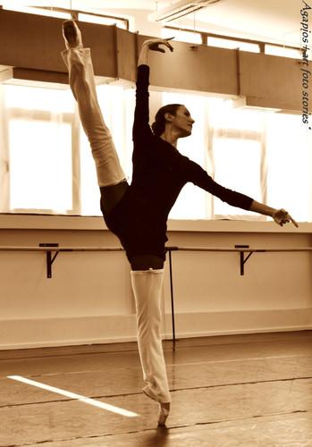 Maria Kousouni in Don Quihote rehearsal.  Photo by Agapios Agapiadis.