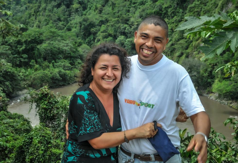 Olivia Ortiz, présidente de la coopérative Appos, et Manuel Zavala, ingénieur agronome, Santago de Mendez, Equateur