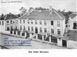 Het oude kloostergebouw