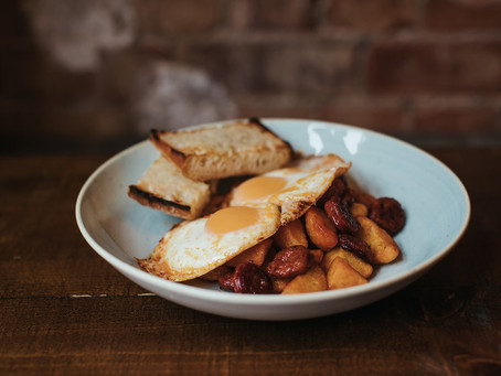 how to make chorizo, patatas & fried egg